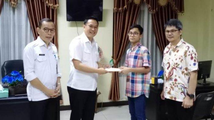 Eman Ajak Warga Tomohon Dukung Imanuel Taro Satoshi Roeroe, Siswa Berprestasi SMP Lokon