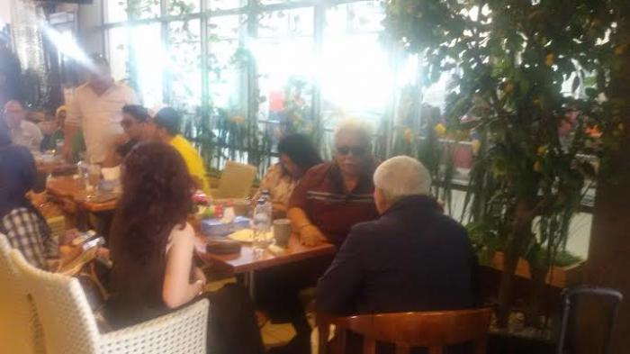 Tunggu Hasil Putusan PT TUN Tiba di Manado, Imba Santai Ngopi