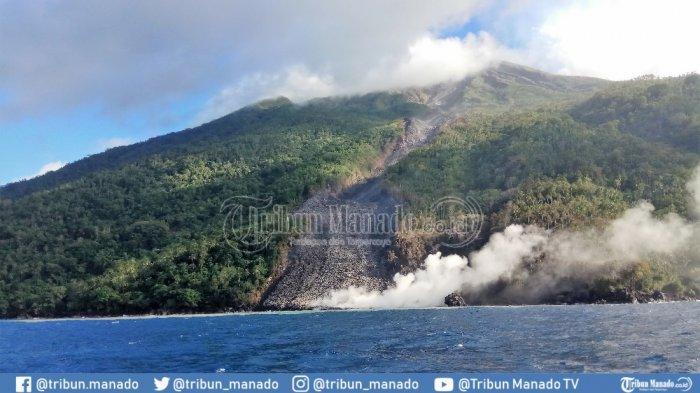 Bau Belerang Gunung Karangetang Tercium Sampai Pos pemantau