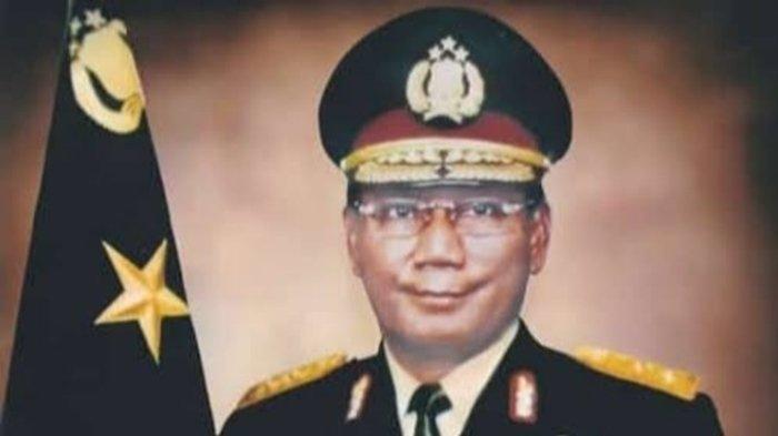 Irjen (Purn) Farouk Muhammad meninggal dunia.