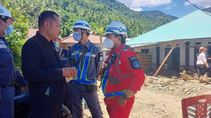 PT PP Bendungan Lolak Gerak Cepat Bantu Korban Banjir di Sangtombolang