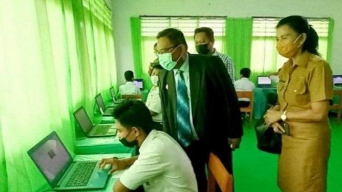 Selain Pantau Pelaksanaan ANBK di Talaud, Wakil Bupati Moktar Parapaga Cek Penggunaan Dana Bos