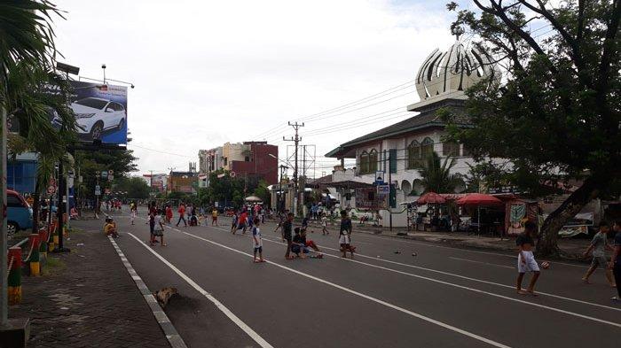 Ada Pertandingan Futsal di Jalan Piere Tendean Manado