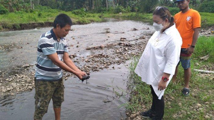 Anggota DPRD Minsel Jaclyn Koloay Sesalkan AdaLendir Putih Mencemari Sungai Tongob