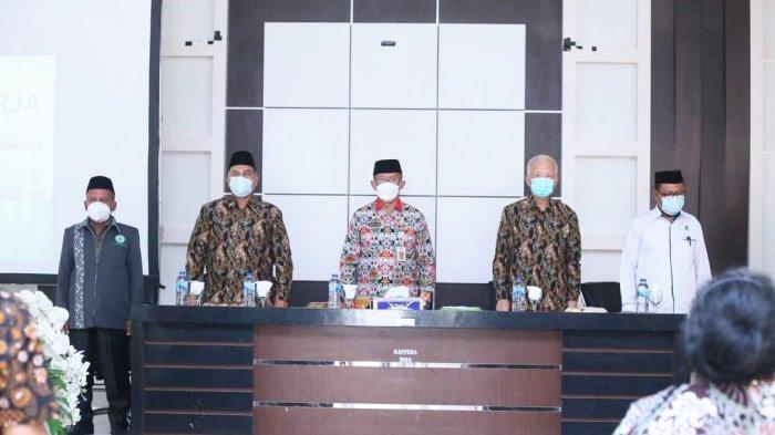 Sekda Bolmut Terima Kunjungan BKSAUA Provinsi Sulut, Bahas Persaudaraan Umat Beragama