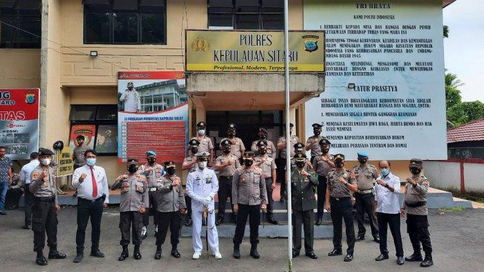 HUT ke-75 Bhayangkara, Polres Kepulauan Sitaro Dapat Kejutan dari Jajaran TNI
