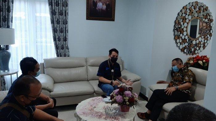 Jajaran Tribun Manado Beraudiensi dengan Wakil Wali Kota Tomohon