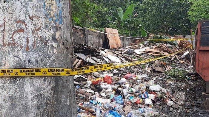 Jalan Gunung Gede Raya, Kelurahan Kayuringin, Bekasi Selatan, Kota Bekasi, Jawa Barat becerita soal penemuan potongan tubuh manusia.