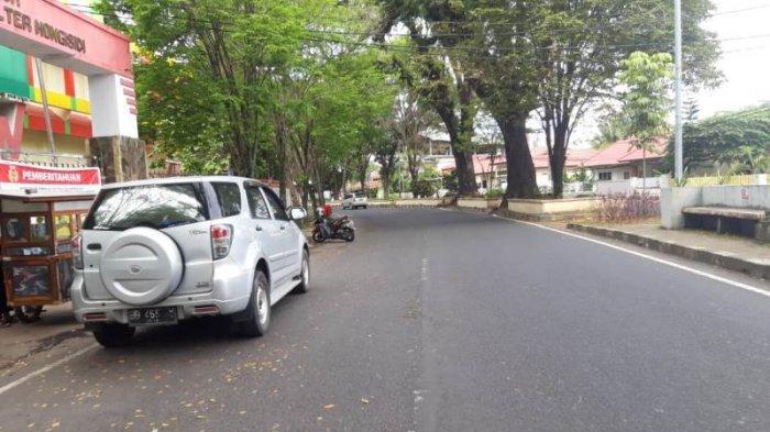 Ruas Jalan Samratulangi Wenang Hingga Lapangan Koni Sario Terpantau Lengang