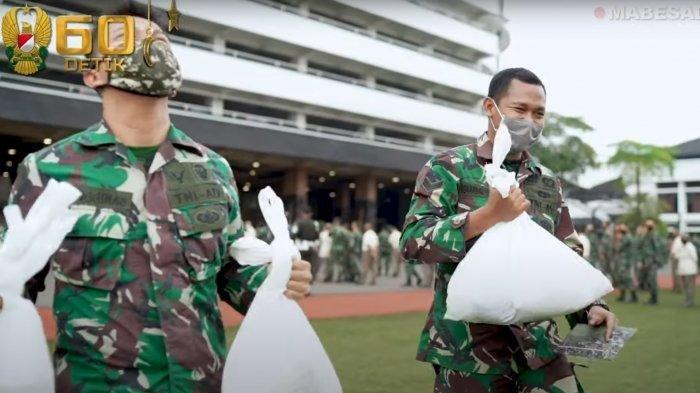 Jelang Idul Fitri Andika Perkasa Berikan THR dan Bantuan Sembako untuk Ribuan Anggota TNI AD
