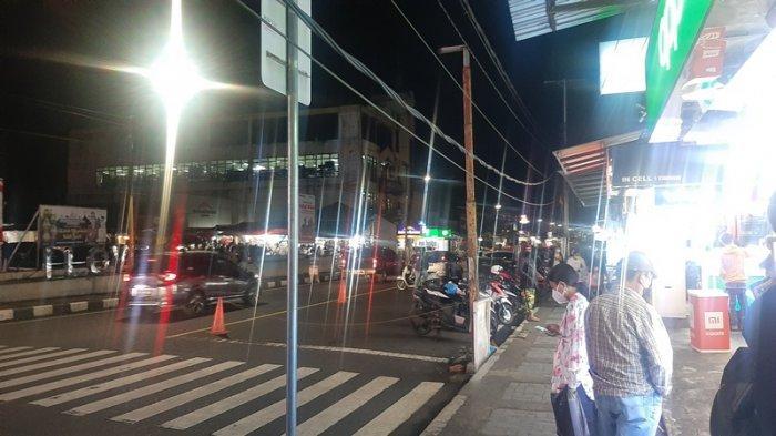 Malam Jelang Perayaan Idul Fitri dan Hari Kenaikan Yesus Kristus, Begini Suasana Pusat Kota Tomohon