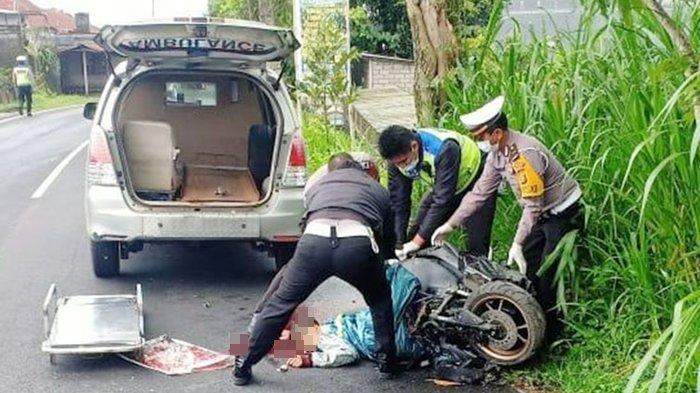 Ilustrasi -Jenazah korban kecelakaan maut dievakuasi.