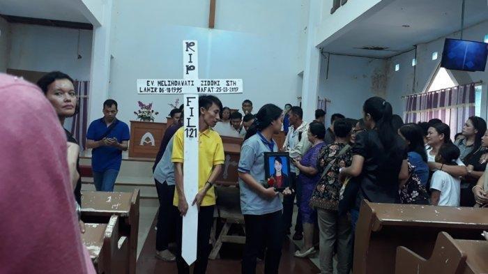 BERITA TERBARU! Jenazah Pendeta Muda Dibawa ke Nias, Sedih dan Tangis Menyelimuti Keluarga