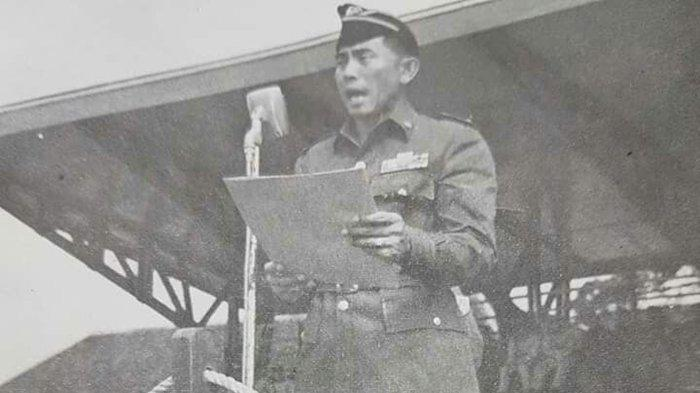 Jenderal <a href='https://manado.tribunnews.com/tag/ahmad-yani' title='AhmadYani'>AhmadYani</a> ketika berpidato.