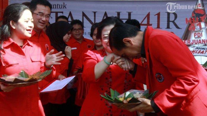 Nama Jokowi Menguat Gantikan Megawati Soekarnoputri, Lawan Berat Puan dan Prananda