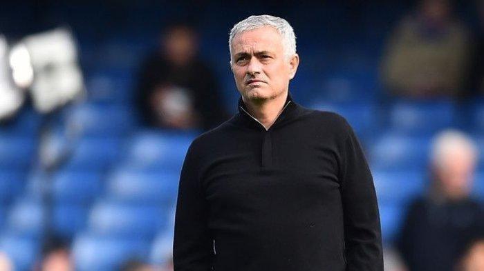 Usai Dipecat Tottenham, Jose Mourinho Alih Profesi, Tidak Sabar Untuk Bergabung