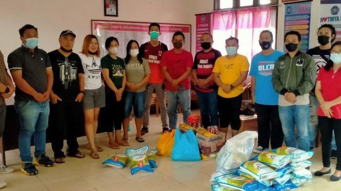 Jurnalis Mitra Salurkan Bantuan untuk Korban Bencana Banjir Bandang di Kecamatan Ratahan
