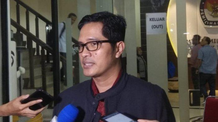 Petugas KPK Temukan Uang Miliaran Berserakan di Rumah Dinas Gubernur