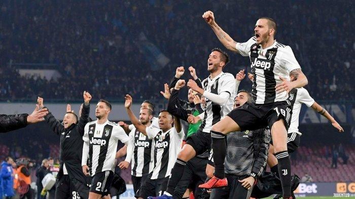 FOTO JUVENTUS - Striker legendaris AC Milan George Weah mendukung Juventus juara Serie A Liga Italia musim ini karena alasan ini.