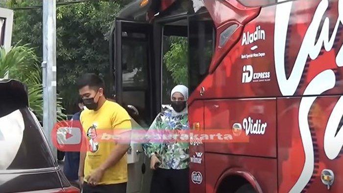 Kabar Nadya Arifta Tertangkap Kamera Nonton Bareng Kaesang Pangarep, Naik Bus dan Duduk Bersebelahan