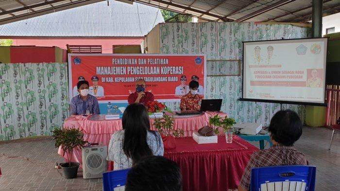 Dinas Koperasi dan UKM Sulut Gelar Diklat Manajemen Pengelolaan Koperasi di Sitaro