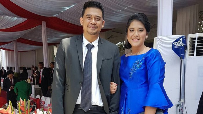 Romantisnya, Bobby Nasution Terekam Beri Bunga hingga Kecup Mesra Kening Kahiyang Ayu