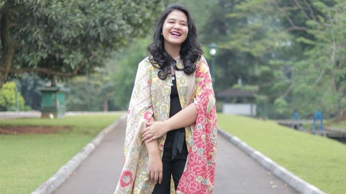 Vicky Shu Berani Menodong Hal Ini Pada Keluarga Presiden, Kahiyang Ayu Pasrah Aja