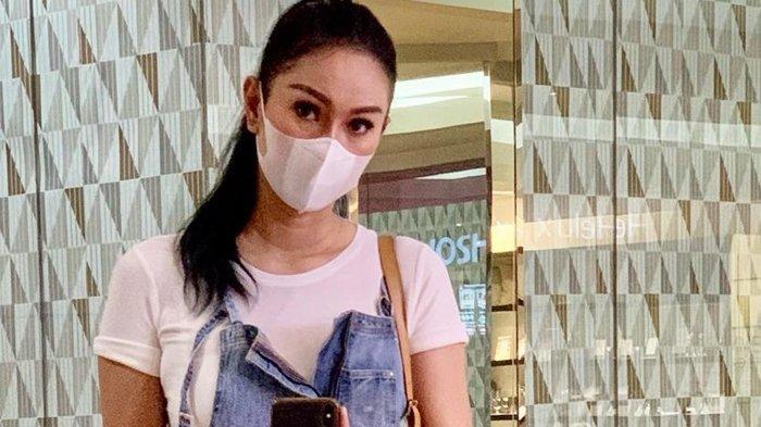 Kalina Ocktaranny Tulis Pesan Haru untuk Azka Corbuzier: 'Mama Kangen Azka'