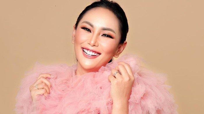 Kalina Ocktaranny Umumkan Kehamilannya, Vicky Prasetyo: Selamat Datang My Gladiator Junior