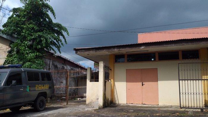 Jenazah Terduga Pembunuh Marsela Sulu Tiba di RS Bhayangkara, Pemeriksaan Menunggu Keluarga