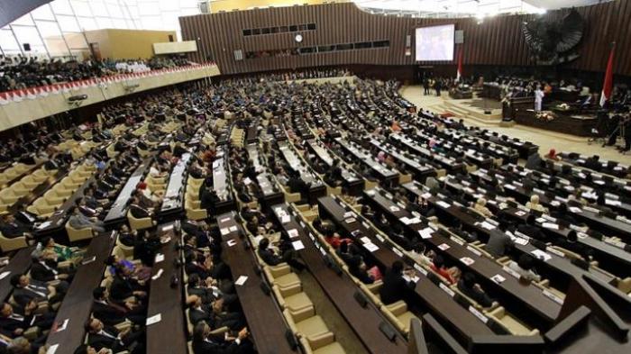 DPR Tetap Gelar Rapat Paripurna Ditengah Wabah Virus Corona, 250 Anggota akan Hadir
