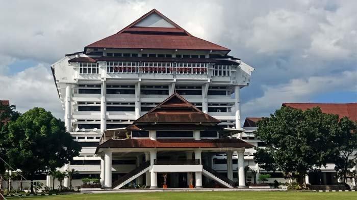 Kantor Gubernur Sulut.