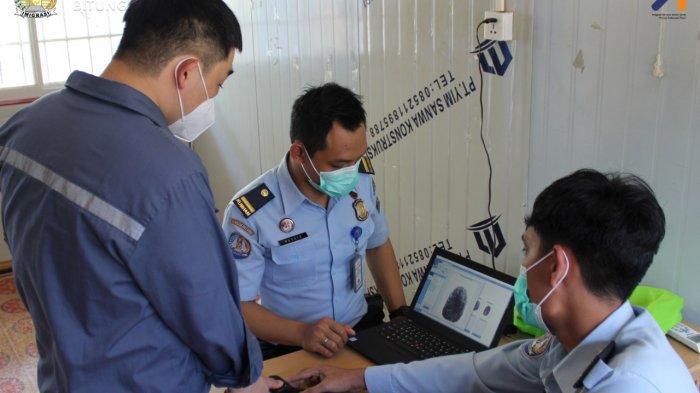 Imigrasi Bitung Laksanakan Immigration On The Spot Service di PLTU Kema