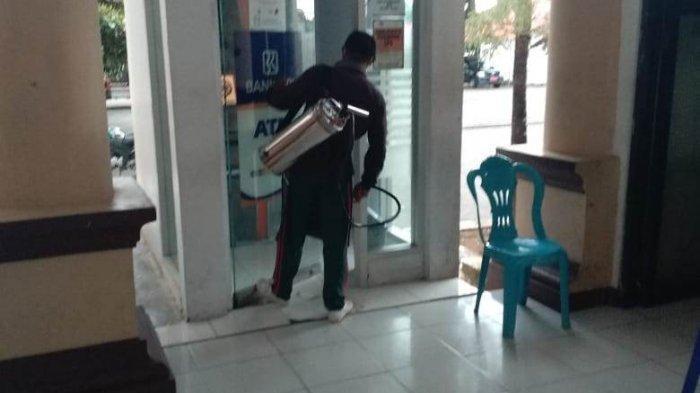 Cegah Virus Corona, Kantor Bupati Bolmong Diguyur Cairan Disinfektan