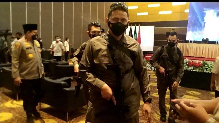Kapolri Jenderal Pol Listyo Datang ke Manado, Dikawal Ketat 4 Petugas Bersenjata Senapan Otomatis