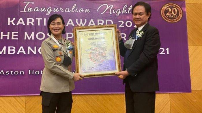 2 Tokoh Wanita di Bolmong Diganjar Penghargaan Kartini Awards 2021