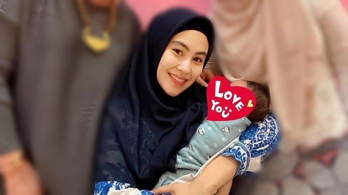 Kartika Putri Bagikan Foto Wajah Baby Khalisa Pertama Kali, Hidung dan Dagunya Malah Jadi Sorotan!