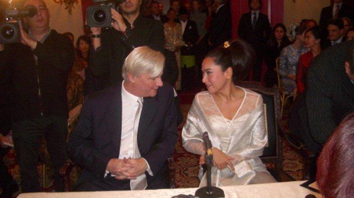 Sosok Kartika Sari Dewi, Putri Soekarno & Dinikahi Seorang Presiden di Eropa, Ini Biodata Lengkapnya