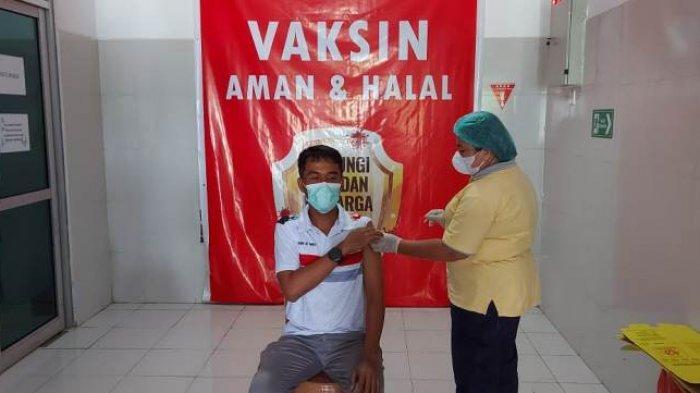 Cegah Covid-19, 300 Karyawan Terminal BBM Pertamina Bitung Jalani Vaksinasi