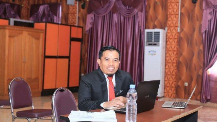 Raih Gelar Magister Pertama di UNBITA Gorontalo, Sukri Mauda: Terimakasih Pemkab Bolmut