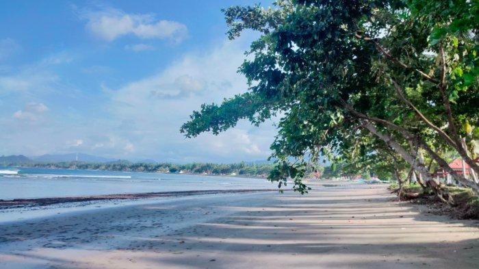 Kawasan Wisata Pantai Batu Pinagut Kabupaten Bolaang Mongondow Utara (Bolmut), Provinsi Sulawesi Utara