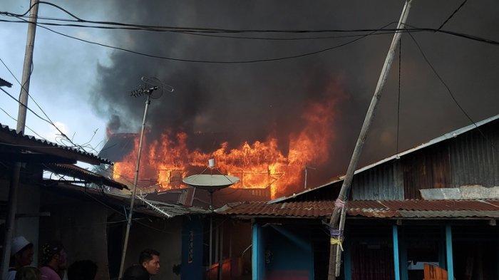 Kebakaran di Pasar Tua Bitung