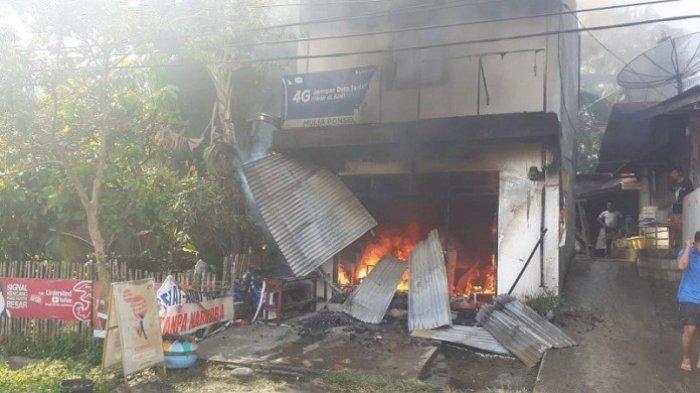 Kebakaran Tadi Pukul 09.00, Dua Wanita Ditemukan Tewas Berpelukan, Ruko Terbakar karena Tabung Gas