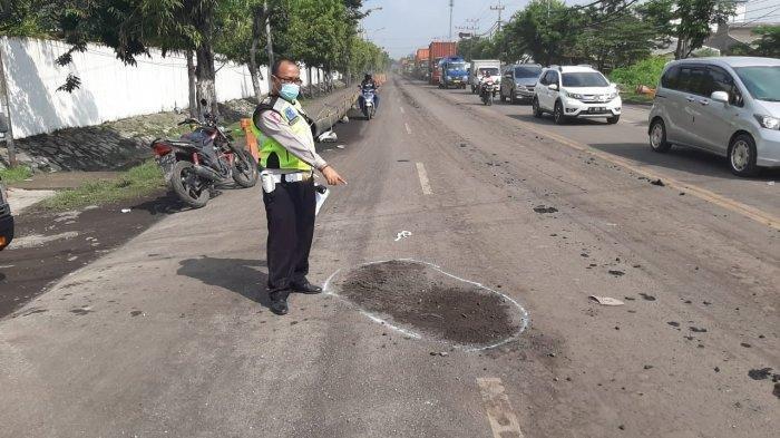 Kecelakaan Maut Pukul 07.30 WIB, Motor Senggol Truk, Korban Meninggal di Tempat