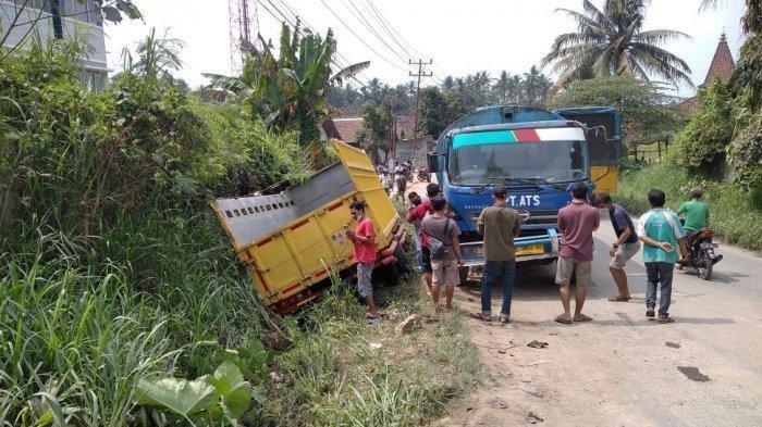 Kecelakaan Maut Pukul 10.30 WIB, Pemotor Tewas Sepulang Kerja, Tabrakan Beruntun 4 Truk dan 1 Motor
