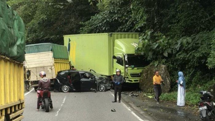 Kecelakaan Tadi Pukul 08.00 WIB, Hendak Mendahului Kendaraan, Mobil Calya Justru Tabrak Truk