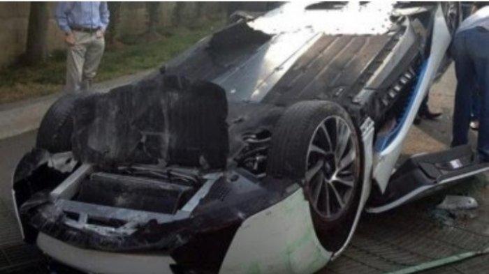 Ilustrasi: Kecelakaan beruntun di Jalan Tol JORR Meruya, Kamis (17/6/2021) pagi. Pengemudi BMW diduga mabuk.