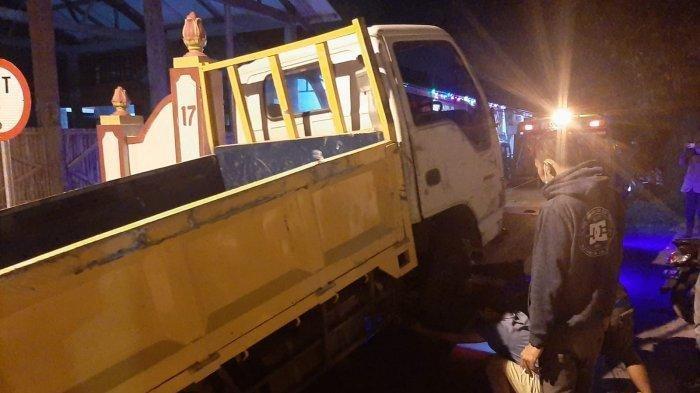 Kecelakaan tunggal terjadi di ruas jalan Breksi, tepatnya depan Gapura Gunungsari, Dusun Gunungsari, Sambirejo, Prambanan, <a href='https://manado.tribunnews.com/tag/sleman' title='Sleman'>Sleman</a>, Yogyakarta, Jumat (3/9/2021) malam sekira pukul 20.00.