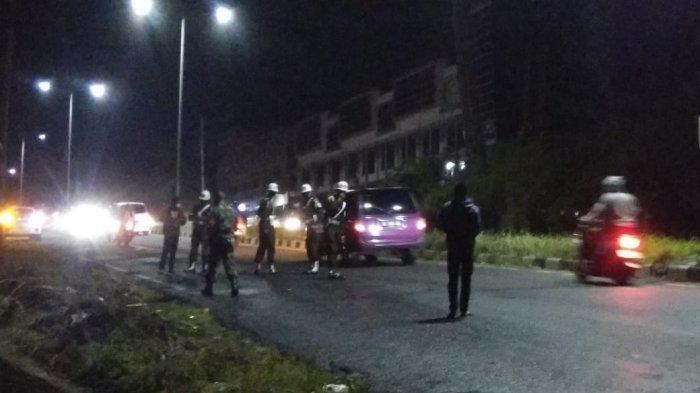 Kecelakaan Maut di Jalan Ringroad, Manado Kamis (17/06/21) malam. Aparat melakukan olah TKP.