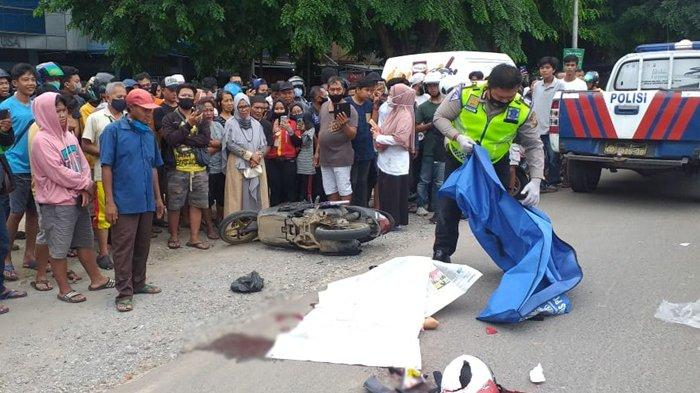 Wanita Tewas Terlindas Truk Minyak Di Palembang
